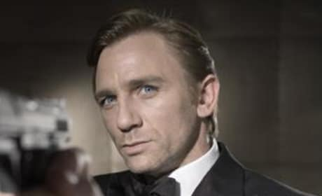 Daniel Craig on Board for Bond 22, Four More Movies