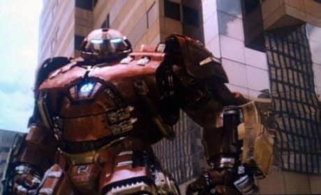 Avengers Age of Ultron Hulkbuster Armor