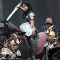 Jaimie Alexander Thor: The Dark World Set Photo