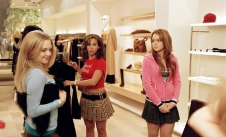 Mean Girls Lacey Chabert Amanda Seyfried Lindsay Lohan