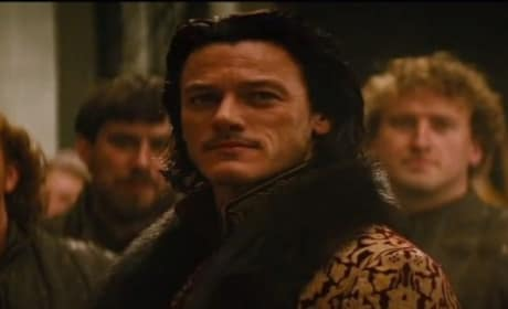 Dracula Untold Featurette Explores Origins: Finding the Fangs