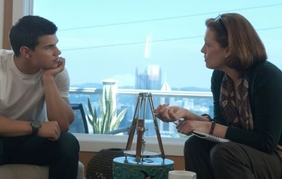Taylor Lautner and Sigourney Weaver in Abduction