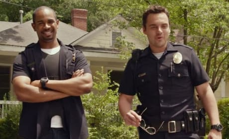 Damon Wayans Let's Be Cops Jake Johnson