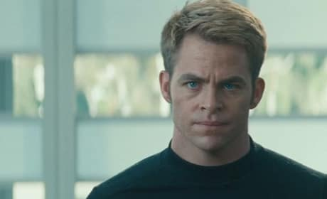 Star Trek Into Darkness Star Chris Pine