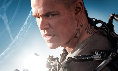 Elysium Poster: Matt Damon is Ready for Battle