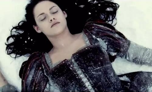 Snow White and the Huntsman Trailer: Kristen Stewart