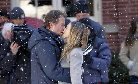 Greg Kinnear and SJP On Set in Brooklyn