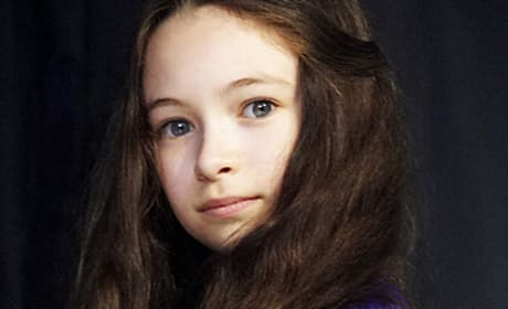 Jodelle Ferland Photo