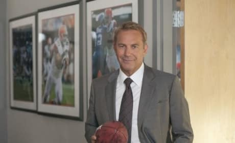 Draft Day Review: Kevin Costner Scores a Touchdown