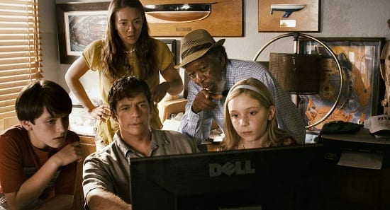 Morgan Freeman and Harry Connick Jr in Dolphin Tale