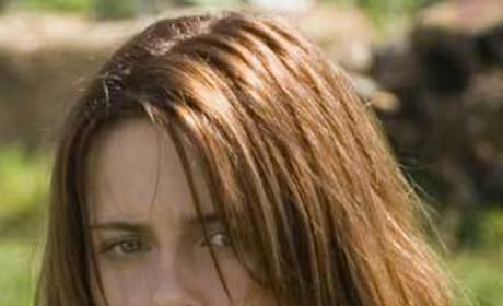Kristen Stewart Speaks on New Moon Movie