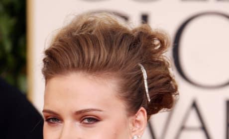 Scarlett Johansson Attends Golden Globes