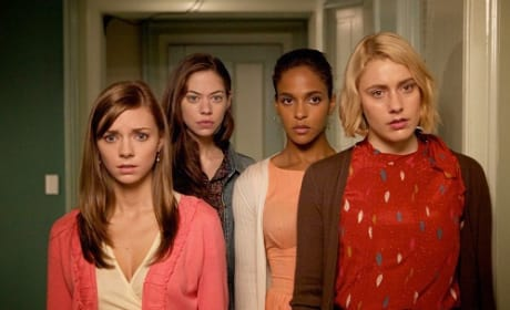 Damsels in Distress Movie Review: Greta Gerwig Gives it All