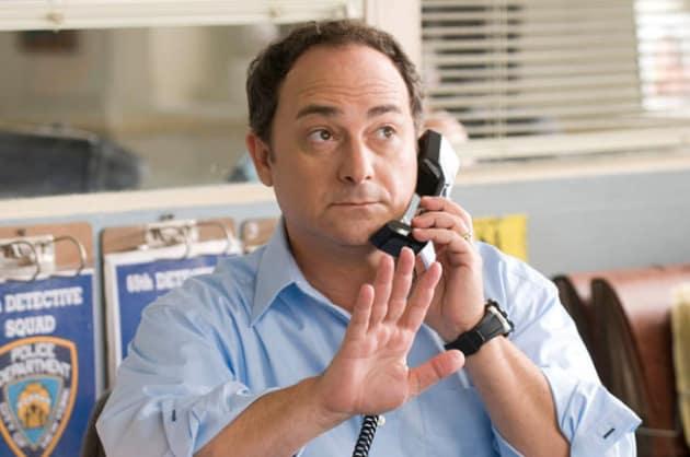 Kevin Pollak as Hunsaker