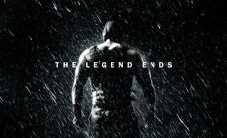 "The Dark Knight Rises Poster Proclaims ""The Legend Ends"""