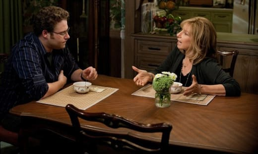 Seth Rogen and Barbra Steisand in The Guilt Trip
