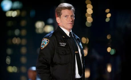 The Amazing Spider-Man Exclusive: Denis Leary on Hero's Return