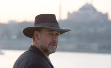 The Water Diviner Review: Russell Crowe Directs an Epic