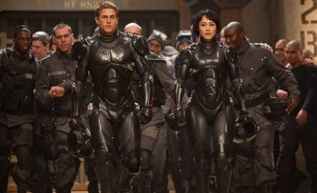 Pacific Rim Review: Guillermo del Toro Wages War on the Senses