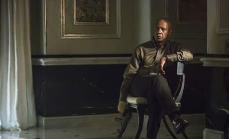 First Look at Denzel Washington as The Equalizer