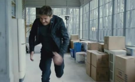 Bourne Legacy International Trailer: Jeremy Renner in Action