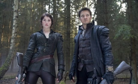 Hansel and Gretel: Witch Hunters Gets a New Red Band Trailer