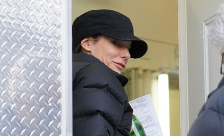 Sandra Bullock on set of Extremely Loud and Incredibly Close