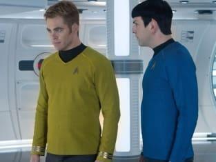 Chris Pine Zachary Quinto Star Trek Into Darkness
