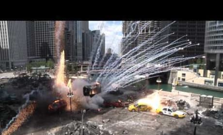 Transformers 3 -- Explosions, jumpers and stars in downtown Chicago