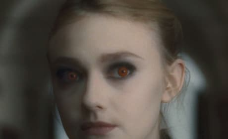 First Look: Dakota Fanning in New Moon