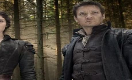 Hansel and Gretel: Witch Hunters Trailer Stars Jeremy Renner as Adult Version of Fairytale Icon