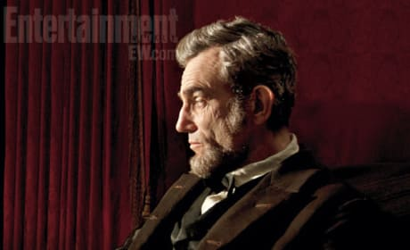 Lincoln Photo Reveals Daniel Day Lewis as a Pitch-Perfect Presidential Proxy