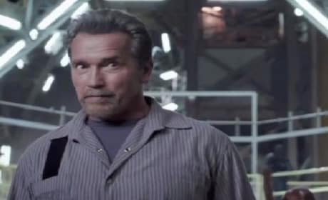 Escape Plan Clip: Sylvester Stallone and Arnold Schwarzenegger's Prison Fight