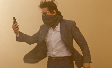 Tom Cruise Stars in Mission Impossible Ghost Protocol