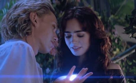 Mortal Instruments City of Bones Star Lily Collins