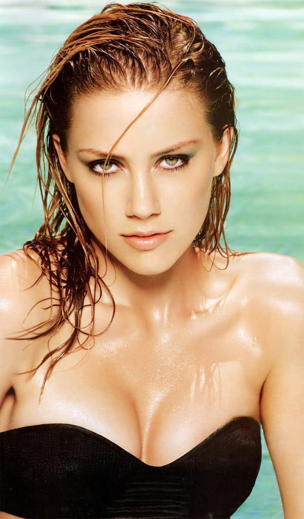 Amber Heard pool