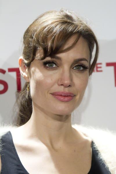 Angelina Jolie Close-up