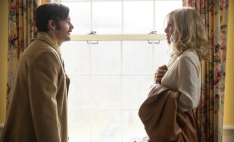 Life of Crime Review: Jennifer Aniston & John Hawkes Bring Leonard to Life