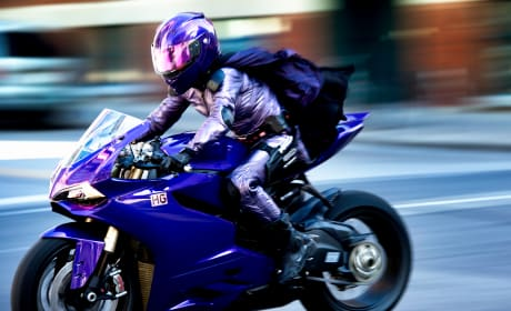 Kick-Ass 2 International Trailer: It's Not Just a Costume