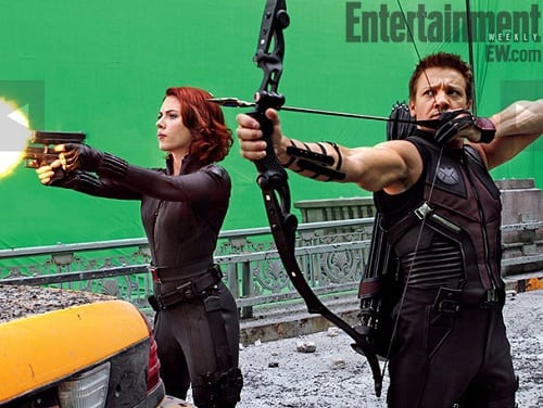 Jeremy Renner and Scarlet Johansson in The Avengers