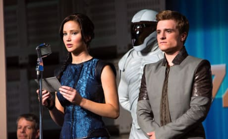 Jennifer Lawrence Josh Hutcherson Catching Fire