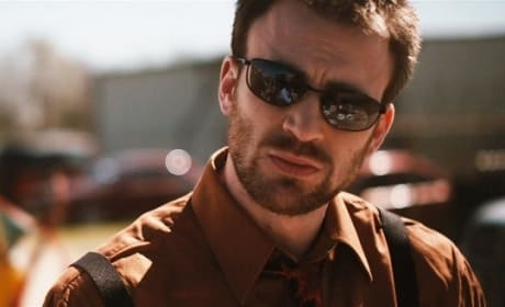 Puncture Movie Review: Chris Evans Rivets