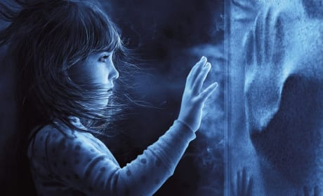 Poltergeist Review: Terror in Suburbia
