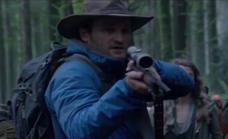 Dawn of the Planet of the Apes Clip: Jason Clarke Needs to Go!
