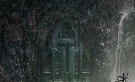The Hobbit: The Desolation of Smaug First Poster Drops!
