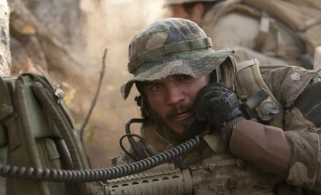 "Lone Survivor: Emile Hirsch Talks Navy SEALs ""Powerful Tribute"""