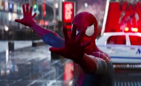 The Amazing Spider-Man 2 Clip: What Is Going On With Me?