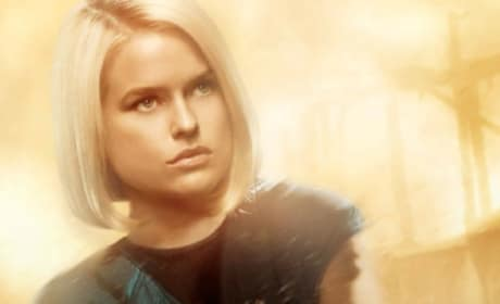 Star Trek Into Darkness Alice Eve Poster