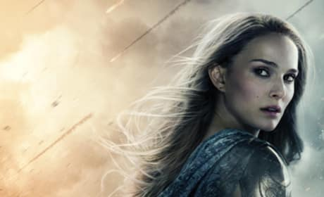 Natalie Portman Thor: The Dark World Poster