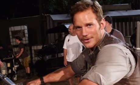 "Jurassic World Behind the Scenes: Chris Pratt Asks You to ""Kick Me in the Nuts"""